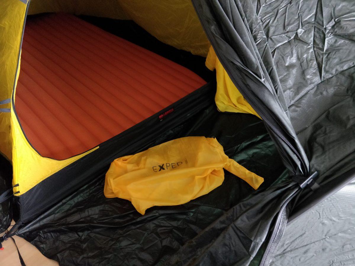 Lichtgewicht kampeerspullen: Exped slaapmat